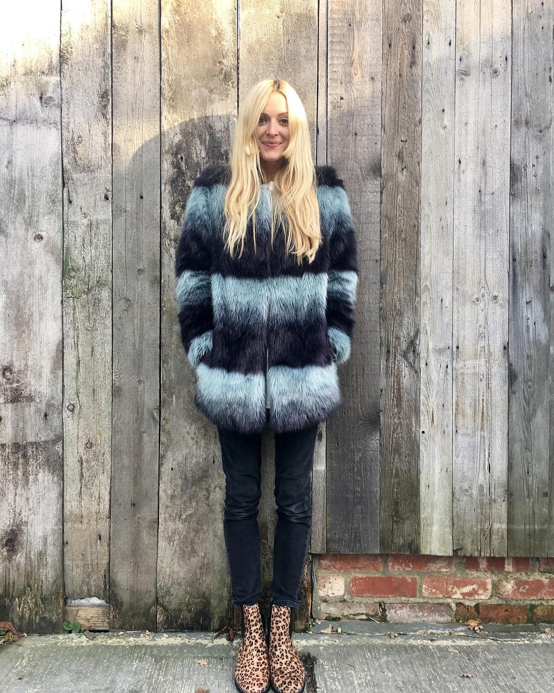 cf1aaf3c33 Lovely Fearne can always be relied upon to put the fun into fashion, and we  love her cool faux fur coat and leopard print boots.